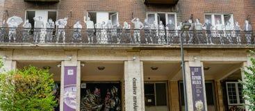 Verschiedenartigkeit auf Balkon in Budapest lizenzfreie stockbilder