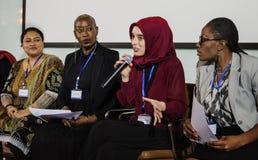 Verschiedenartigkeits-Leute stellen Partnerschaft der Internationalen Konferenz dar lizenzfreies stockfoto