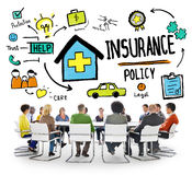 Verschiedenartigkeits-zufälliges Leute-Versicherungspolice-Brainstorming-Konzept Stockfotos