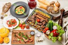 Verschiedene Abendessenteller Lizenzfreies Stockfoto