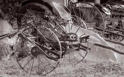 Verschiedene alte landwirtschaftliche Geräte Stockfotografie