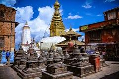 Verschiedene Ansichten von Stupa kitschiges Shyam Ponat u. x28; Swayambhunath& x29; oder M Stockbilder