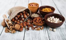 Verschiedene Arten der Nüsse Lizenzfreie Stockfotos