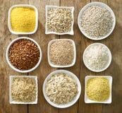 Verschiedene Arten von Getreidekörnern Stockfotografie