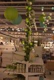 Verschiedene Beleuchtungsbefestigungen, Lampen und Nightlights im Ikea-sto Lizenzfreie Stockfotos