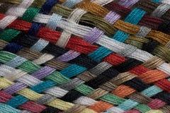 Verschiedene farbige Baumwolle schnitt Threadmustermakronahaufnahme Stockfoto