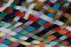 Verschiedene farbige Baumwolle schnitt Threadmustermakronahaufnahme Stockfotos