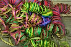 Verschiedene farbige Serpentine für Karneval Stockbild