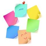 Verschiedene Farbpapieranmerkung Stockfotos