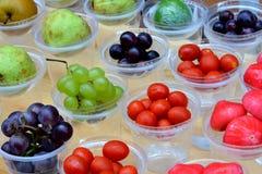 Verschiedene Frucht für die Saftherstellung Lizenzfreie Stockfotos