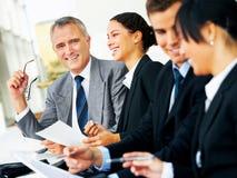Verschiedene Geschäftsgruppesitzung Lizenzfreies Stockfoto