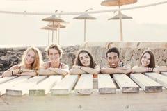 Verschiedene Gruppe Sommerkinder lizenzfreie stockfotografie