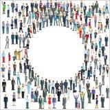 Verschiedene Gruppe von Personen, die einen Kreis bildet Lizenzfreie Stockbilder