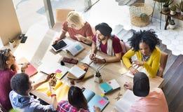 Verschiedene Gruppen-Leute, die Konzept zusammenarbeiten Lizenzfreies Stockfoto