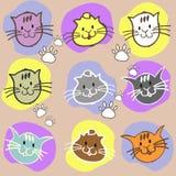 Verschiedene Katzen des nahtlosen Satzes Farbmit Aufschrift und Tatze prin Stockbilder