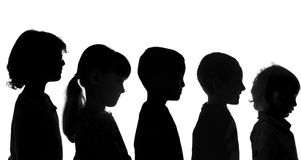 Verschiedene Kinder geschossen in der Schattenbild-Art Stockfoto