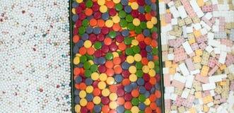 Verschiedene süße Süßigkeiten Stockbild