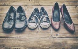 verschiedene Schuhe stockbilder