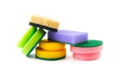 Verschiedene Schwämme für das Säubern und Abwasch Lizenzfreies Stockfoto