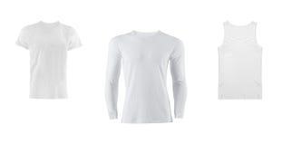 Verschiedene T-Shirts auf weißem Hintergrund Lizenzfreies Stockfoto