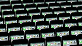 Verschiedene Telefone bewegen sich anders als in Schleife lizenzfreie abbildung