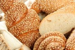 Verschiedene Typen des Brotes stockbilder
