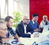 Verschiedene Verschiedenartigkeits-ethnische Ethnie Team Teamwork Unity Concept Stockbilder
