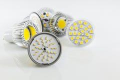 Verschiedene Versionen von LED bricht für GU10 und MR16 ab Lizenzfreie Stockfotografie
