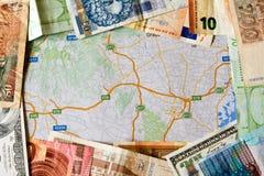 Verschiedene Weltbanknoten stockfotos