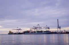 Verschiffungshafen, Schifffahrt Stockbilder