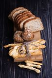 Verschillend brood in studio Stock Afbeelding