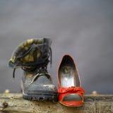 Verschillend Paar Schoenen Stock Foto
