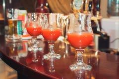 Verschillende cocktails of longdrinks versierd royalty-vrije stock fotografie
