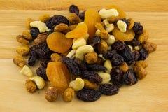 Verschillende droge vruchten en noten Stock Foto's