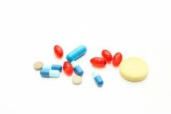 Verschillende farmacologische voorbereidingen - tabletten en pillen Stock Afbeeldingen