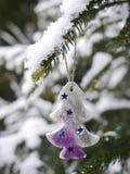 Verschillende Kerstmisdecoratie het hangen Kerstmis Royalty-vrije Stock Foto