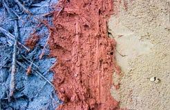 Verschillende kleur van klei en zandmixure met riet stock foto's