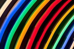Verschillende kleurenlampen in rijen Royalty-vrije Stock Fotografie