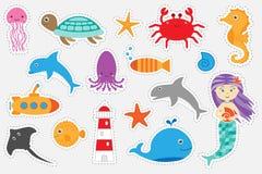 Verschillende kleurrijke beelden van oceaandieren voor kinderen, het spel van het pretonderwijs voor jonge geitjes, peuteractivit stock illustratie