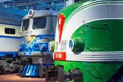 Verschillende locomotieven van tijden van de USSR Rusland Heilige-Petersburg Museumspoorwegen van Rusland 21 December, 2017 Royalty-vrije Stock Foto's