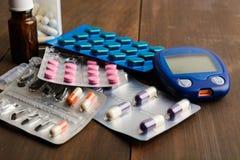 Verschillende pillen voor diabetesbehandeling Stock Foto
