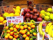 Verschillende soorten vruchten stock afbeelding
