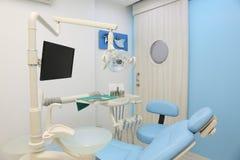 Verschillende tandinstrumenten en hulpmiddelen Royalty-vrije Stock Afbeelding
