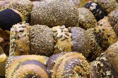 Verschillende types van heerlijke bakkerijproducten van bloem van de hoogste rang stock afbeelding
