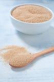 Verschillende types van suiker: bruine, witte en geraffineerde suiker Stock Afbeeldingen