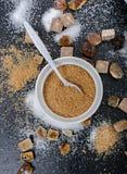 Verschillende types van suiker op zwarte lijst Stock Afbeelding