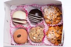 Verschillende zoete cupcakes en muffins royalty-vrije stock afbeelding