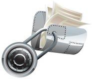 Verschlossener Stahlordner mit Dokumenten Stockfotos