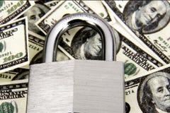 Verschlossenes Geld lizenzfreies stockbild