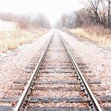 Verschwindende Bahngleise Stockbild